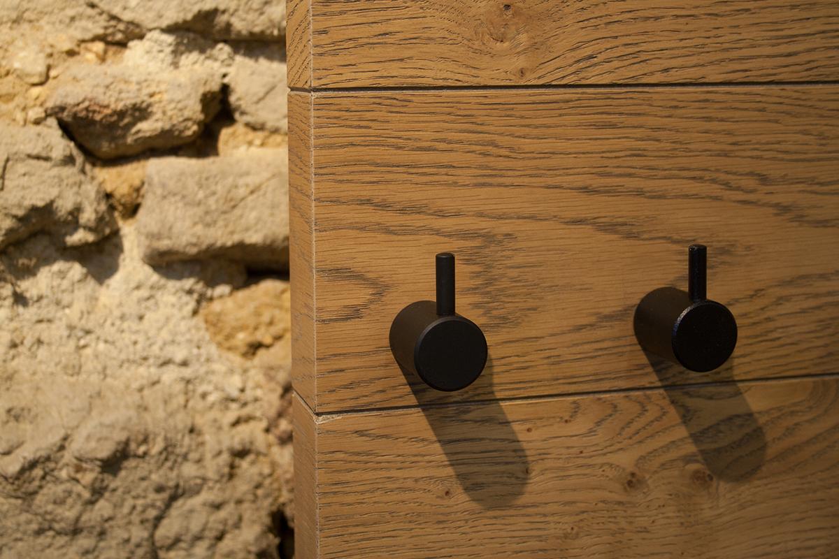 haken tora schwarz der rahmenlose bilderrahmen f r maximale freiheit flipframe. Black Bedroom Furniture Sets. Home Design Ideas